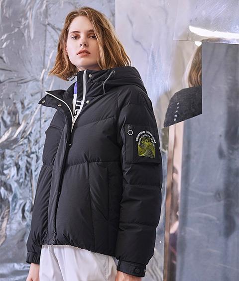 AAAA4F4A6839 1 Womens Sports Basic Hoodie Short Down Jacket 1