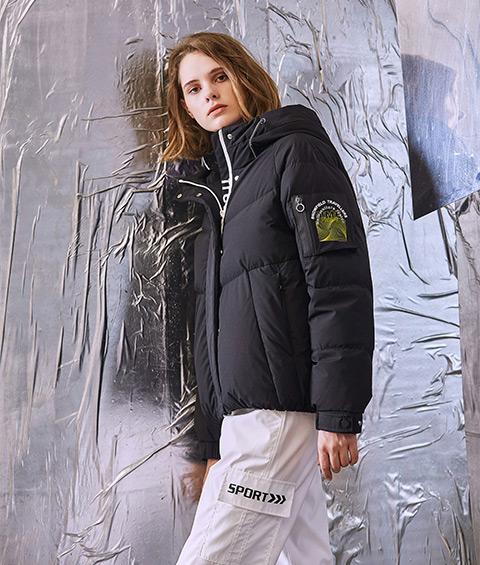 AAAA4F4A6839 1 Womens Sports Basic Hoodie Short Down Jacket 3