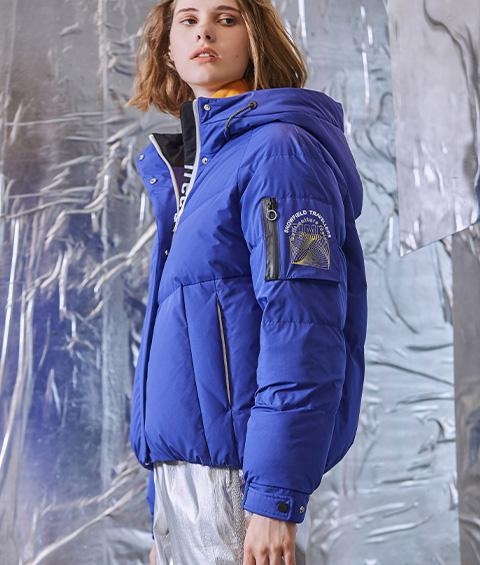 AAAA4F4A6953 1 Womens Sports Basic Hoodie Short Down Jacket 1