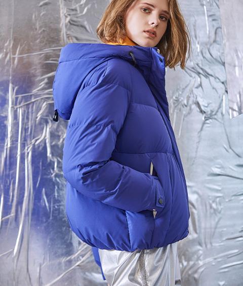 AAAA4F4A6953 1 Womens Sports Basic Hoodie Short Down Jacket 2